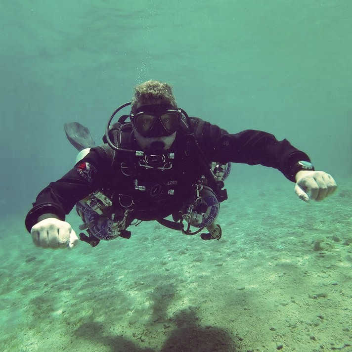PADI Tec sidemount diver
